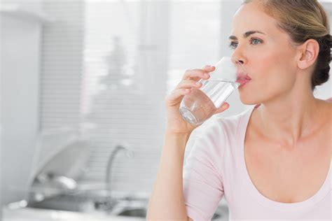 si puã bere l acqua rubinetto acqua da bere rubinetto o bottiglia