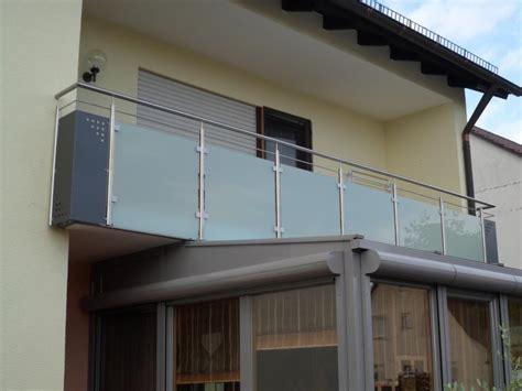 edelstahl balkongeländer mit glas balkongelaender auburger balkongel 228 nder mit glasf 252 llungen