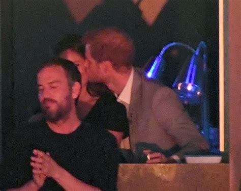 meghan markle prince harry prince harry kissing meghan markle at invictus games 2017 popsugar celebrity uk