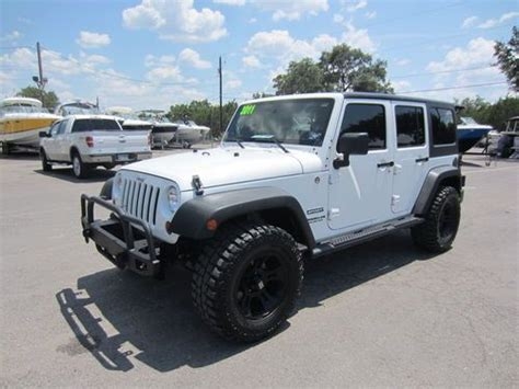 Jeep Sport 4 Door Sell Used 2011 Jeep Wrangler Unlimited Sport Sport Utility