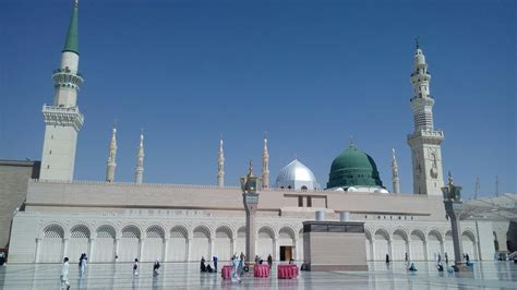 beautiful azan from beautiful azan from masjid e nabawi madina sharif