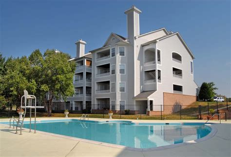 one bedroom apartments alexandria va sussex at kingstowne 1 and 2 bedroom apartments for rent