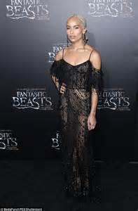 zoe kravitz on fantastic beasts zoe kravitz stuns in black mesh gown for fantastic beasts