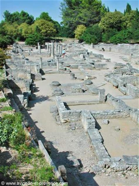 Ville Antique de Glanum à Saint Rémy de Provence Avignon et Provence