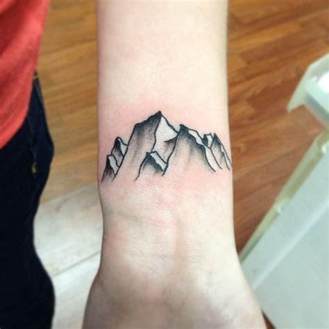 mountain tattoos designs ideas  meaning tattoos
