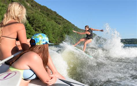 paddle boat rentals waco tx wakesurfing events