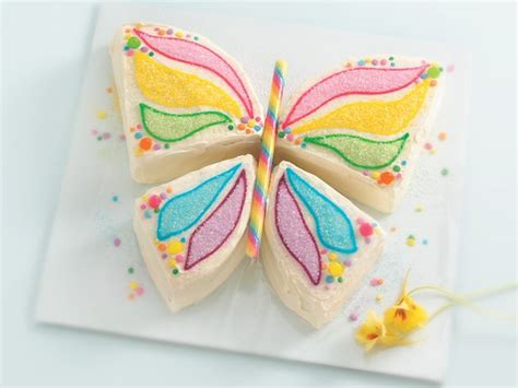 celebrate summer with these easy and fun cake recipes