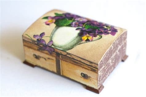 Decoupage Jewelry - decoupage jewelry box box chic decor violets bouquet