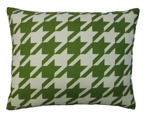 Outdoor Pillows Only by Green Houndstooth Outdoor Pillow Only 44 95 At Garden