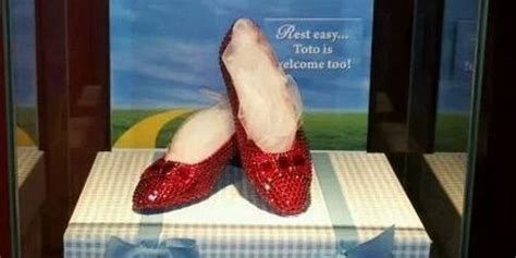 ruby slippers stolen ruby slippers theft leads to 3 arrests huffpost
