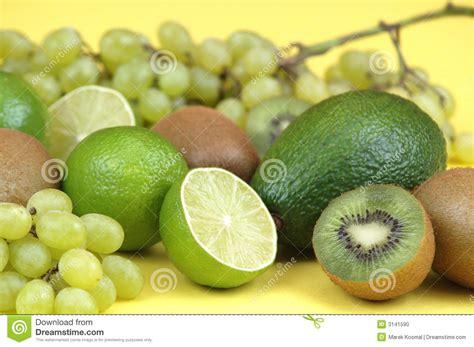 imagenes frutas verdes frutas verdes foto de stock imagem 3141590