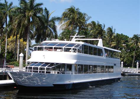 dinner on a boat miami 110 party yacht rental miami ft lauderdale boca