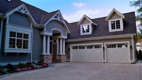 white house garage