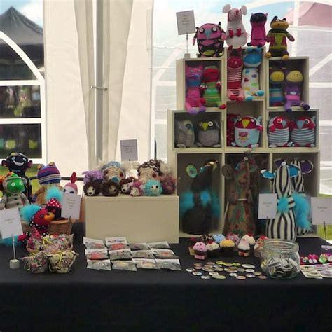 Handmade Marketplace Craft Show - inspirational craft stall displays oddsox linziloop
