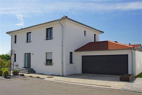 kfw 50 haus wohnhaus im toskana baustil in neutraubling 0134 merkl