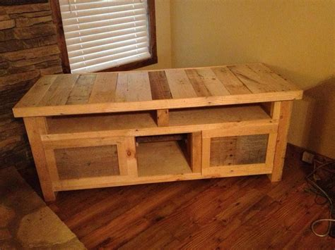 pallet projects   pallet tv stands