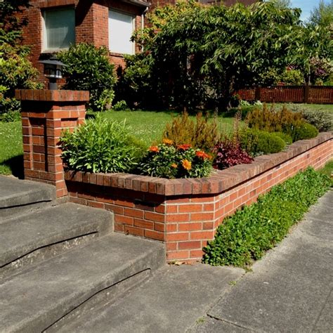 35 Retaining Wall Blocks Design Ideas How To Choose The Garden Brick Wall Ideas