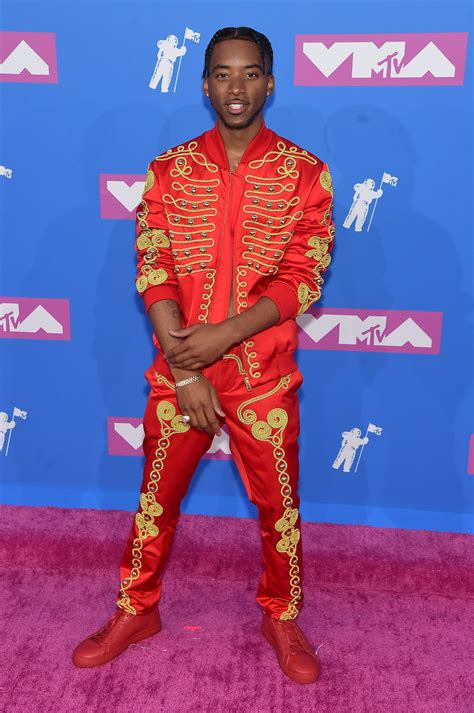 bryce vine red suit 2018 mtv vmas check out the most trendy men on the red