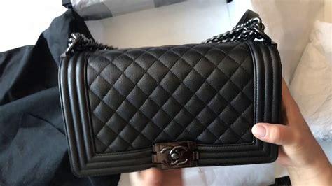 chanel boy caviar so black 9003 unboxing and review chanel so black boy bag medium