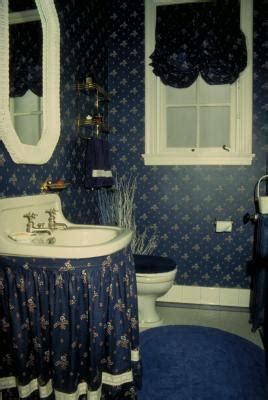 How to Make a Curtain for Under a Sink   Home Guides   SF Gate