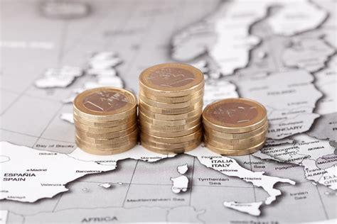 stipendi dipendenti d italia salari fermi anche a settembre 232 il terzo mese di fila
