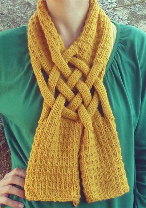 how to knit with yarn in front best 25 braid scarf ideas on diy scarf spool