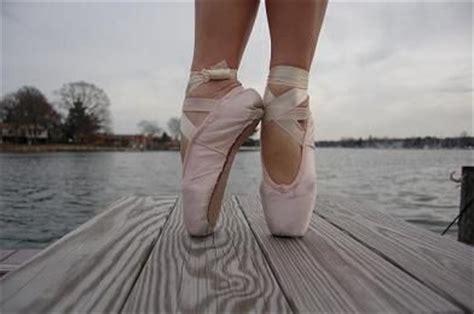 dance ballet wooden plank picture  wallpaper