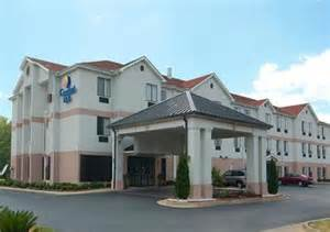 Comfort Suites Montgomery Alabama Comfort Inn Hotel In Montgomery Al Book A Stay Today