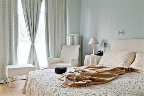 schlafzimmerdekorationen ideen eleganz f 252 r das schlafzimmer bett kopfteil akazie