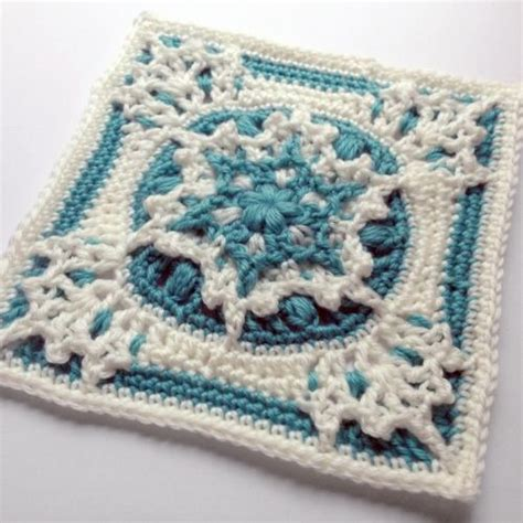 free crochet pattern minion crochet afghan square make best 303 granny squares images on pinterest diy and crafts