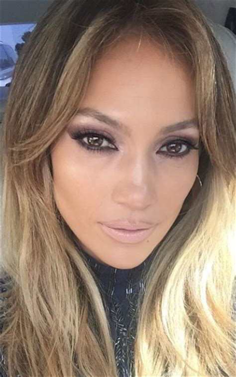 what lipstick and gloss does jennifer lopez wear beautytiptoday com jennifer lopez master of the nude lip