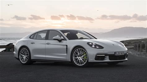 E Porsche Panamera by New Porshe Panamera Turbo S E Hybrid Features Autos Post