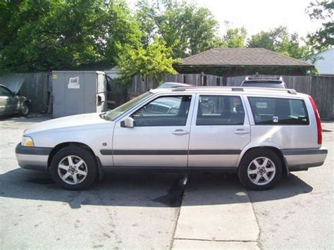 Volvo Awd Wagon by Find Used 1999 Volvo V70 Xc Awd Station Wagon Cross