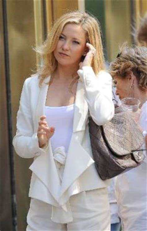 Kate Hudsons Chanel Purse by Kate Hudson In Chanel Grey Quilted Bag Snob Essentials