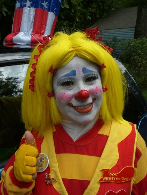 Best 25 Clowns Ideas On by Best 25 Clown Faces Ideas On Circus Photo