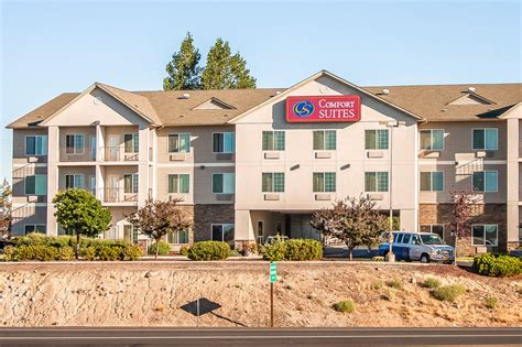 comfort suites redmond comfort suites redmond airport 2017 room prices deals