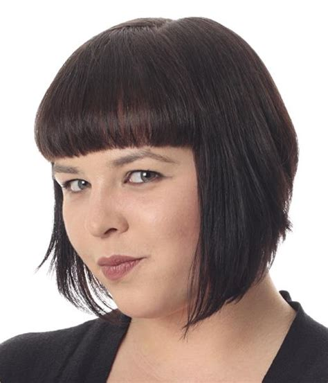 plus size women with angle bob hairstyle trendy haircuts for women over 50 fat face hairstyle