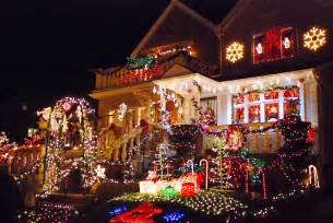 dyker heights lights nyc nyc s dyker heights home light
