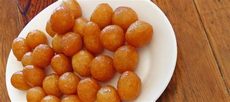 Mony Cingcau Honey Drink 300ml loukoumades honey dough balls