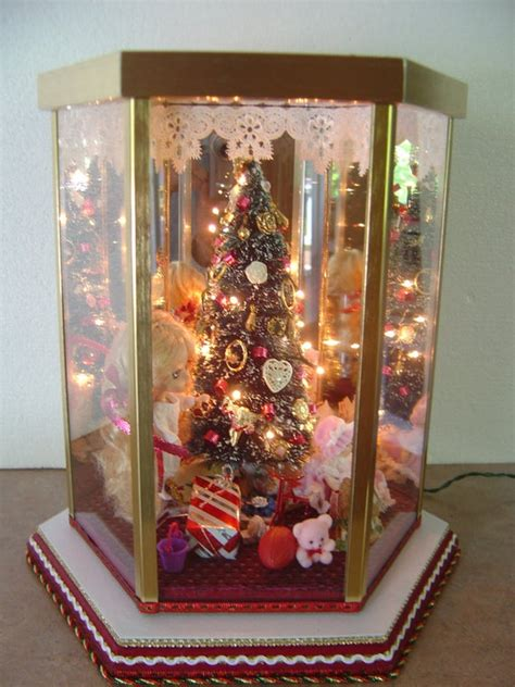 christmas room box diorama lighted tree doll beautiful