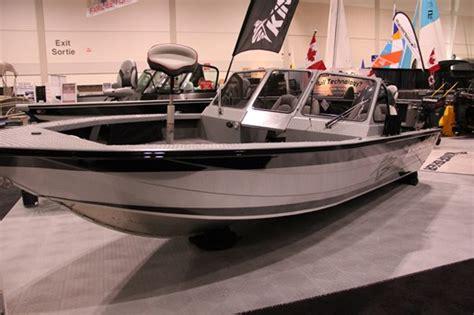 kingfisher boat plug 2015 kingfisher 2025 flex spt xp aluminum fishing boat