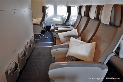 bulkhead seats in airplane touring swiss s new flagship boeing 777 300er article