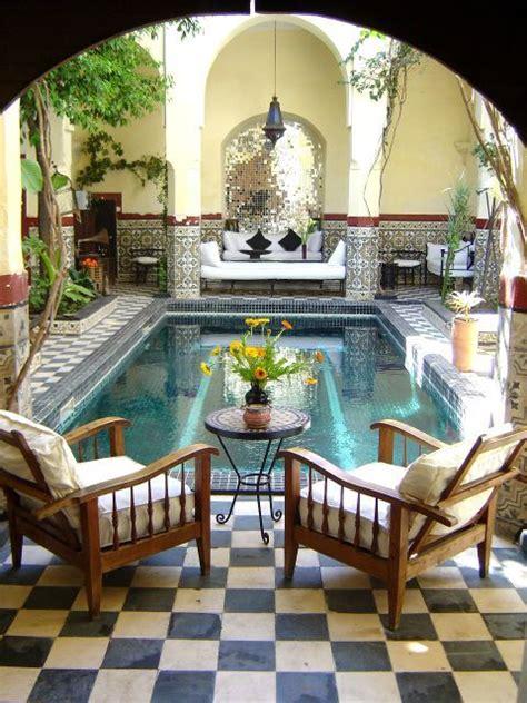 love  interior courtyards  moroccan designs