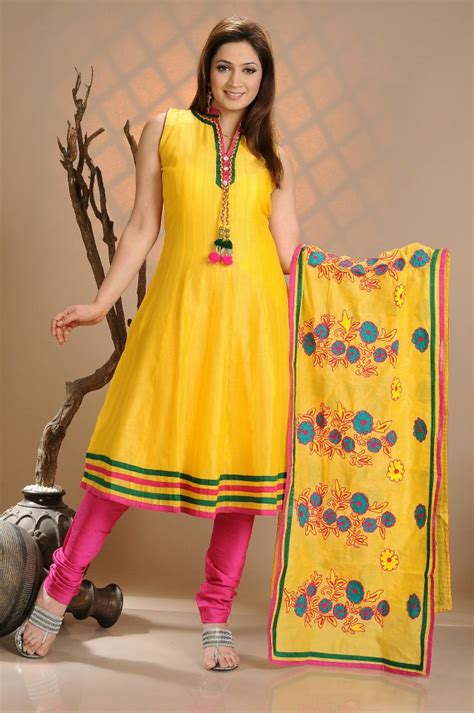 pakistani mayon dresses  yellow  pink pictures