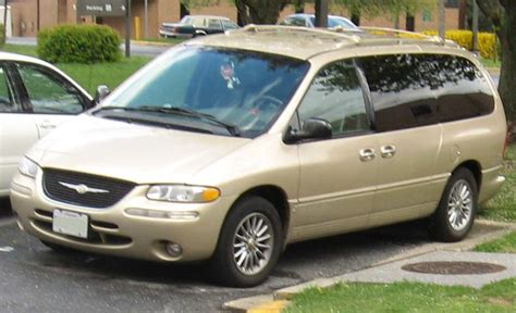 Chrysler Town And Country Wiki by File 98 00 Chrysler Town And Country Jpg Wikimedia Commons