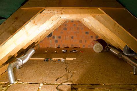 dachbalken verkleiden und bauen ein haus 24 tage tiefgrund