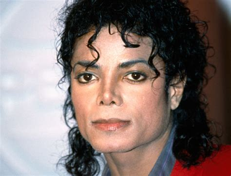 micheal jackson mj s cosmetic dr reveals truth about if mj hated his dark