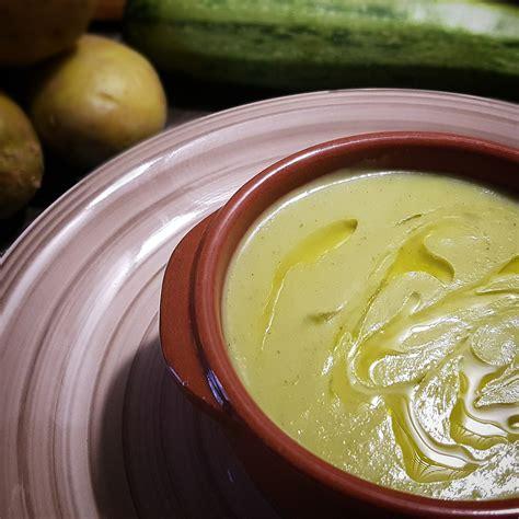 vellutata di sedano vellutata di sedano e zucchina come a casa tua