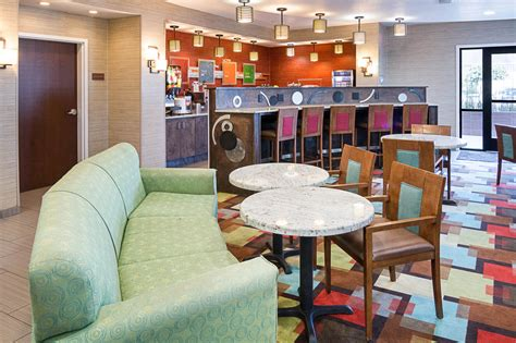 comfort suites natchitoches comfort suites natchitoches la 151 hayes 71457
