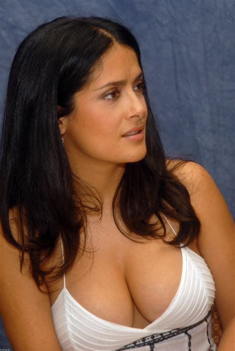 Best Celebrity Cleavage Erase Boredom For Minute